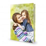 Livre rigide A4 portrait à couverture personnalisée